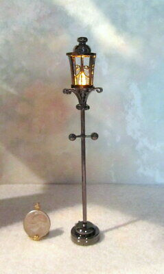 Dollhouse Miniature Battery Operated Wall Sconce #W5SNB