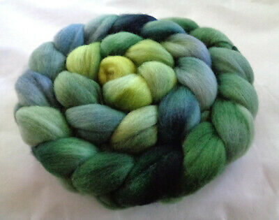 Softest hand dyed polwarth wool roving felting painted spinning fiber green blue