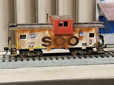 HO SOO LINE (CNW) Caboose- Custom Weathered