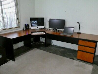 Corner office executive or student computer workstation desk in good condition