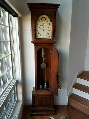 HOWARD MILLER TALL Grandfather Clock - Chimes - Keeps time