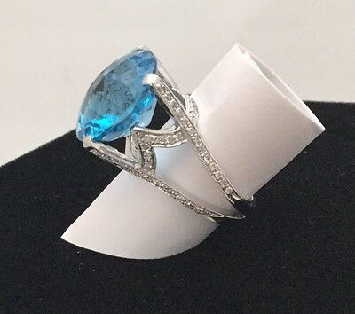Natural 10 Carat Blue Topaz & Diamond Ring 14K White Gold Finger Size 5 Gorgeous