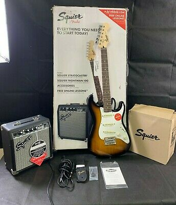 Fender Squier Affinity Stratocaster Beginner SS Short-Scale Electric Guitar Pack