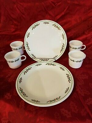 """8 Piece Corelle Christmas """"Winter Holly"""" Dinner Plates and Mugs/Cups Set of 4 ea"""
