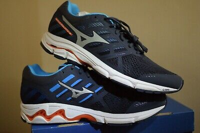 03 **LATEST RELEASE** Mizuno Wave Equate 3 Mens Running Shoes D