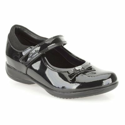 Clarks Girls School Shoes Daisy Gleam Black Patent leather. Size UK 10-3.5