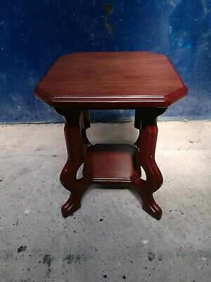 Quality ~Small Side Table with Shelf ~Mahogany Finish ~VGC