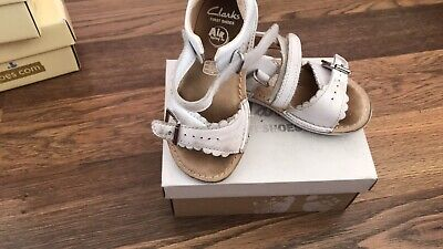 clarks girls first sandals ivy flora silver  leather size = 6 f
