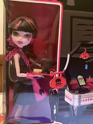 New MIB Monster High Doll Draculaura & Die-Ner Never Removed From Box!!!