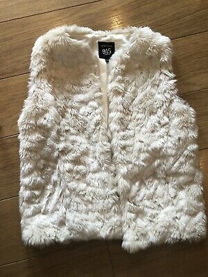New Look 915 Girls Gillet Age 10-11 Cream Faux Fur
