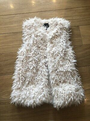 New Look 915 Age 10-11 Faux Fur Gillet Cream