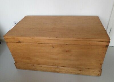 Lovely Large Antique Victorian Waxed Pine Chest Trunk Blanket Box Coffee Table