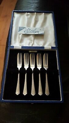 5 x Vintage Cake Pastry Dessert Forks silver plated EPNS Sheffield England Boxed