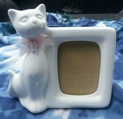 Vintage Epson White Cat Figurine Ceramic Picture Frame