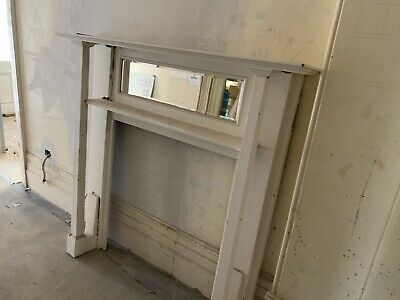 Original federation fireplace surround. Excellent condition