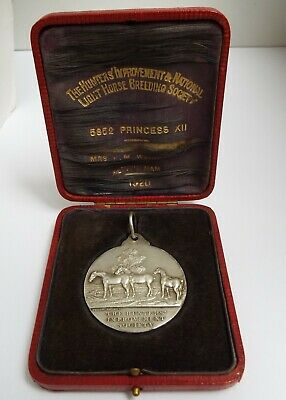 Stunning Cased English Antique 1919 Solid Sterling Silver Horse Hunting Medal