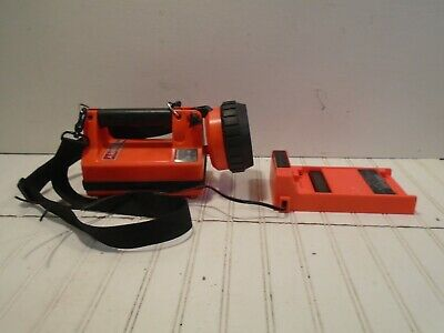 Streamlight Litebox Firefighter Search Light with Vehicle Charger WORKS