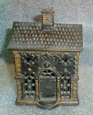 fine old cast iron state Bank still bank