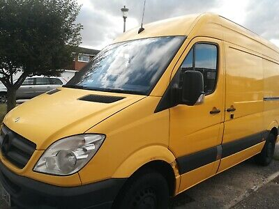 MWB Mercedes Sprinter High Roof £3500 ONO