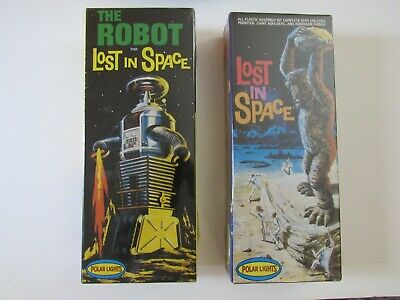 Lost In Space Polar Lights The Robot + Cyclops New