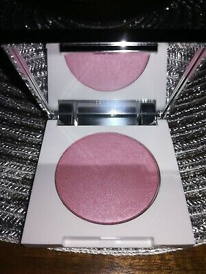 Clinique Blushing Blush Powder. Colour : ICED LOTUS, 3.1g - Brand New and unused