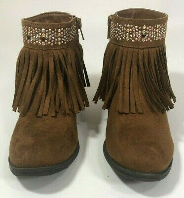 E01 NWT Stevies Youth girls  brown clogs slip on wedge fringe suede Sz 3.