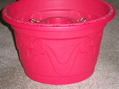 Festive Christmas Tree Stand Stand/Bucket - Red