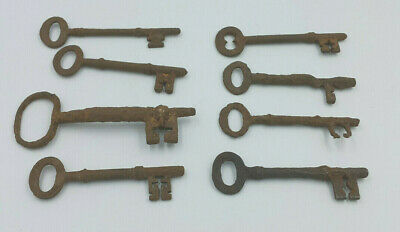 8 Antique Iron Keys. Metal Detector Find. Great Patina. Beautifully aged. Rare!!