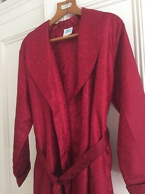 Red Vintage Robe / Gown / Smoking Jacket  - Size L / XL