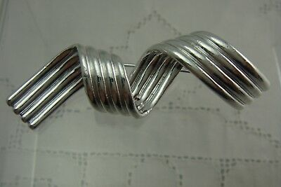 """Vintage Shiny Silver Tone Twisted Ribbed Ribbon 3"""" Pin Brooch By Ajc"""