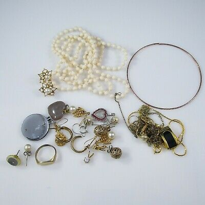 Jewelry / Junk Drawer Lot | Chain Necklaces, Ring, Pendant, Earrings | 46.0g