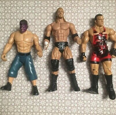 WWE SERIES #76 LOT OF 6 ACTION FIGURES DAMAGED PACKAGING NEW THE ROCK1