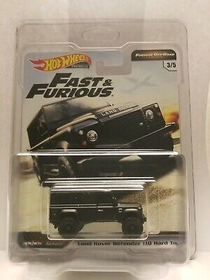 Hot Wheels 2019 Fast & Furious, Off-Road Land Rover Defender 110-Protector Incl
