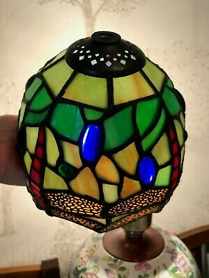 TIFFANY STYLE DRAGONFLY LAMP SHADE TABLE Lamp Height 14 cm Width 14 Cm Aprox