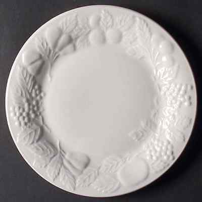 Gibson Designs FRUIT-OFF WHITE Salad Plate 3723315