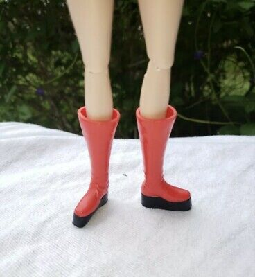Barbie doll David Bowie Barbie 2019 flat feet red boots