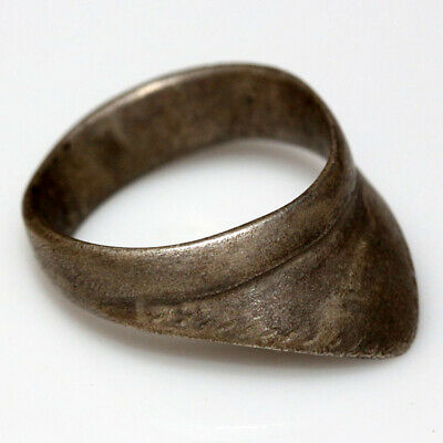Stunning Medieval Silver Decorated Crusaders Archer Ring Ca 1000-1300 Ad