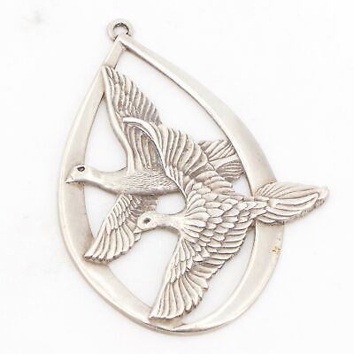 VTG Sterling Silver - WALLACE 1972 Peace on Earth Doves Christmas Ornament - 21g