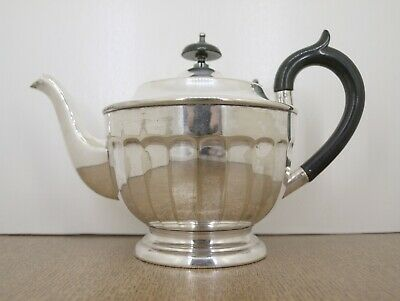 Vintage Silver Plated English Teapot.