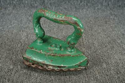Vintage Iron #8 Green W/ Stand