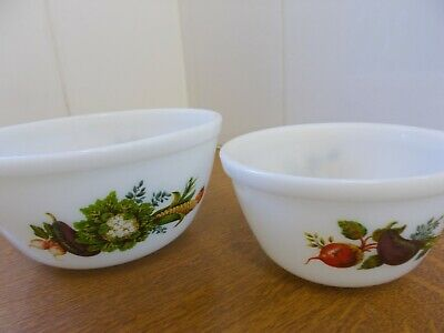 Vintage Pyrex Market Garden/Tuscany  2 Mixing / Pudding bowls