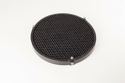 Bowens Universal Honeycomb Grid - BW1861B - 290mm Diameter, ⅜ inch grid.