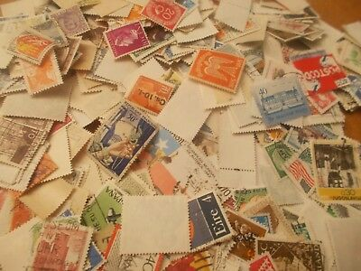 worldwide stamp mix all off paper! 1000+ FREE P+P!.                  q