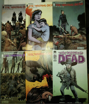 Walking Dead 32 Comics Bulk Lot NM