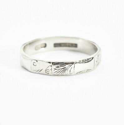 1920's Antique Art Deco Platinum Engraved Panel Designer Wedding Band Ring