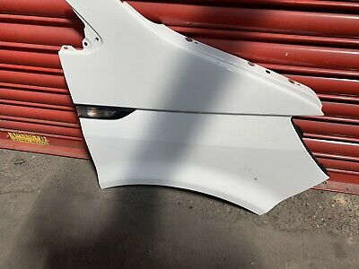 Vw Transporter T6 Front Drivers Wing O/s/f Candy White Not T5 Or T5.1 Small Dent