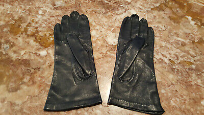 VTG Miss Aris women's leather and 100% silk lined 6.5 size navy blue Gloves.
