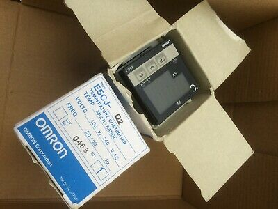 Omron Escj-Q2 Temperature Controller New