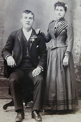 Antique Cabinet Photo Portrait Of Lovely Young Couple By Thos. Ryerse Buffalo Ny