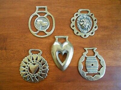 Lot of 5 x Vintage Horse Brasses Dog Lion Hearts Barrel Made in England Elpec
